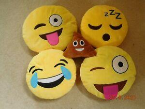 4 x Emoji Pillows + 1 x Poo Emoji Pillow