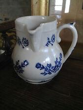 ancien pichet ou pot à lait en céramique de St Uze Revol terre d'acier