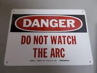 "NEW Brady 74886 Danger Laser Light Safety Sign 5/"" x 14/"" *FREE SHIPPING*"
