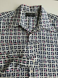 Vintage 1970s Disco Shirt in Geometric Pattern Polyester *L/XL* TO78