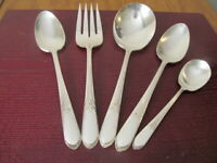 IS DEVONSHIRE MARY LOU 5 Serving Pieces Wm Rogers Silverplate Flatware Lot Z