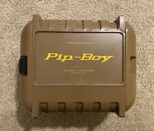 Fallout 4 Pip Boy Model 3000 Mk IV Collector's Edition Pip-Boy, Case & Stand