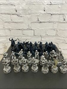 Star Wars Saga Edition 2005 Replacement Chess Pieces Lot Of 30
