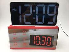 DreamSky Alarm Clock USB/Battery Powered, USB Charging Port, Open Box E47 AA