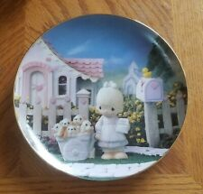 Enesco Precious Moments Collector Plate - God Loveth A Cheerful Giver (1994)