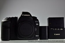 Canon EOS 5D Mark II 21.1MP Digital Camera Body Excellent