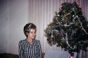 1970 pretty woman with christmas tree 35mm slide transparency Vg18