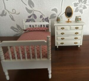 Doll House Bedroom Furniture 1/12 scale