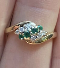 Vintage, Solid 9k Gold Emerald & Diamond Cluster Ring ~ 3.1 grams ~ STUNNING 💎