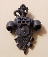 Warhammer 40k Space Marine Bits: Wolves Backpack - Wolf Skull Auspex & Diamond