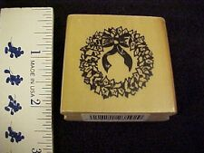Christmas Small Wreath With Ribbon Wood Mounted Rubber Stamp NEW Back Street