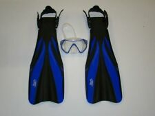Scuba Diving Fins with Free Mask Close Out Priced 1230 Size Medium Blue