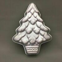 Wilton Christmas Tree Cake Pan Jello Mold  Holiday Baking #502-1107