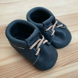 FRESHLY PICKED Onyx Black Leather Moccasins Moccs Size 1 (0-6 Months)