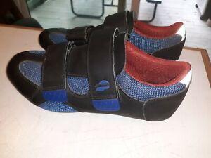 Performance Brand road bike shoes W size 9 (40) worn twice 2, 3 4 bolt cleats