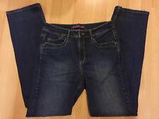 Gloria Vanderbilt Women's Size (8) Designer Jeans,  Blue Straight Leg EXCELLENT