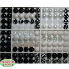 20mm Black and White Assorted Bubblegum Chunky Beads 120 pc