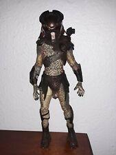 """2010 Predators Series 1 BERSERKER PREDATOR Variant Masked 7"""" Action Figure NECA"""