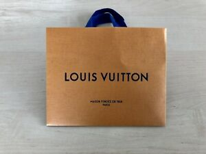 """Louis Vuitton Small Shipping Bag Gift Tote Size 8.5"""" x 7"""" x 4.5"""""""