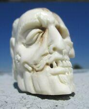 Schädel - Januskopf skull aus Horn geschnitzt - Wunderkammer memento mori