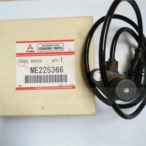 1PCS ME225366 0281002807 Speed Sensor For Mitsubishi 4M50 New