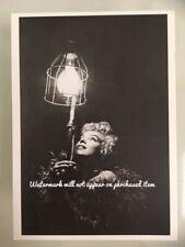 Modern Postcard- Marilyn Monroe on set of 7 Year Itch (CVB)
