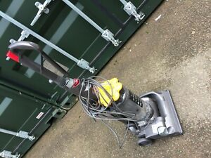 Dyson DC 33 Vacuum Cleaner Fully Working