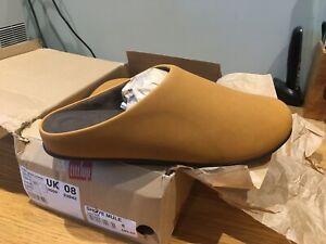 BNIB Mens Dark Tan FitFlop Slippers Size 8
