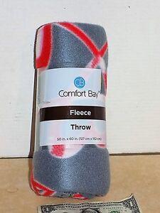 "* Free Shipping * Comfort Bay Fleece Throw 50"" x 60"" GREY/HEART"