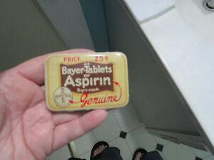 Vintage Advertising Bayer Aspirin Tin Bayer Tablets of Aspirin Price 25 cents