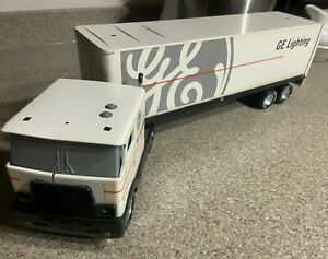 Vintage Nylint GMC General Electric GE Appliances Semi Tractor Trailer Truck 20""