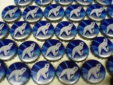 100 BLUE WHITE POLAR BEAR LABATT RETIRED BEER BOTTLE CAPS NO DENTS FAST SHPG!