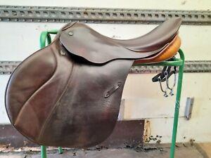 Stubben 17.5 Jumping Saddle