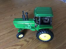 John Deere 4440 Toy Tractor 1/16 scale Made In The USA