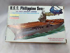 Vintage Lindberg Model U.S.S Philippine Sea U.S. Navy Aircraft Carrier 1:1560