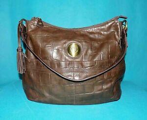 JACQUES ESTEREL grand sac en cuir marron porté épaule format A4
