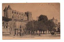 64 - cpa - PAU - Le château et la place de la Monnaie (H9928)