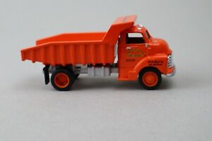 Lionelville Quarry 1950 Chevrolet Dump Truck Eastwood Ertl 20283P 1:43