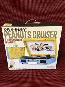 Crosley Cruiser 3-Speed Portable Turntable Peanuts Edition OPENED BOX NEVER USED
