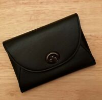 Coach Turnlock Leather black Card Case with golden coach giftbox!!