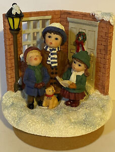 Christmas CAROLERS and Dog--glittery snow JAR CANDLE TOPPER Boxed
