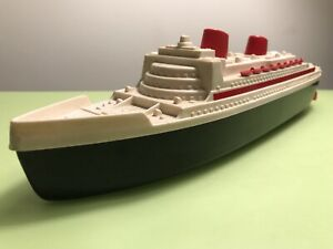 BEAUTIFUL BIG VINTAGE -MS- WESTERN GERMANY PLASTIC CRUISE SHIP BOAT WIND-UP TOY
