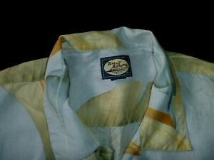 #7549 TOMMY BAHAMA Linen S/S Shirt Size Large