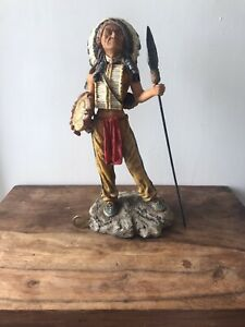 NATIVE AMERICAN INDIAN WARRIOR CHIEF STATUE Good Condition.