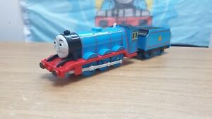 2009 Gordon and Linked Tender, Trackmaster Tomy Thomas & Friends Tank Engine p&p