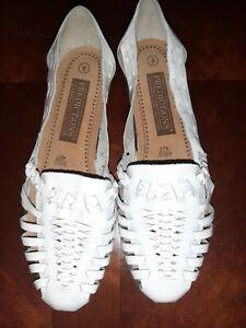 New! Predictions Sz 9 Leather Brazilian Womens Sandals Woven Huaraches White