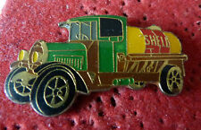 PIN'S ANCIEN CAMION CITERNE CARBURANT SHELL