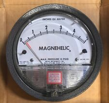"""Dwyer Magnehelic Differential Pressure Gauge 2005 0-5"""" of Water 15 Psig Max"""
