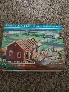 Vintage NOS Plasticville HO House Under Construction Kit # 1624-100