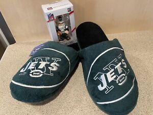 New York Jets NFL Men's Logo Slip On Slippers (XL 13/14) and Mini Ornament Combo